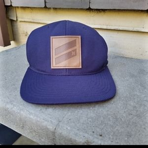 NWOT Hurley Flexfit Hat with leather snap back